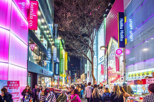 shopping Myeongdong Seoul