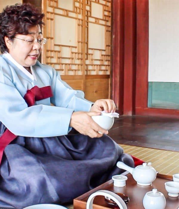 Cérémonie traditionnelle du thé en Corée du Sud