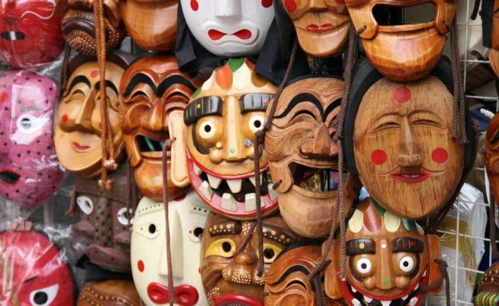 Masques traditionnels coréens Insadong Séoul Corée du Sud