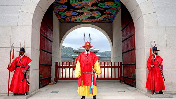 Gyeongbokgung palais séoul garde